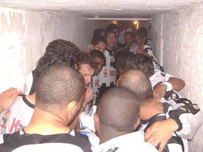 20090621-ofecxarapongas-ageu-tunel