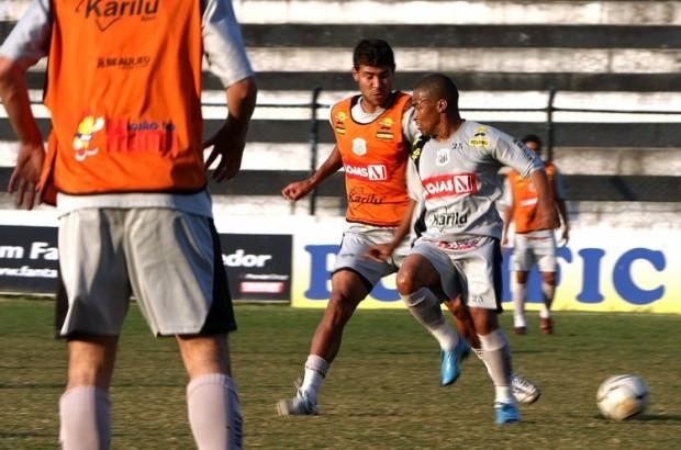 Foto: Jogadores seguem com os treinamentos em dois períodos para chegar bem na estreia