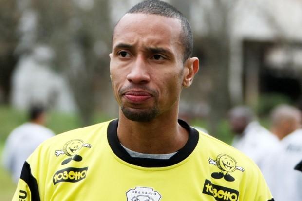 """Foto: Eduardo Rato: """"O Brasileiro é difícil porque enfrenta desde equipes técnicas até as que tem um futebol de mais pegada"""""""
