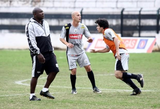 Foto: PRONTO Operário fez seu último coletivo ontem antes da partida contra o Joinville pela Série D