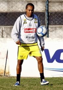 Foto: Dário voltou aos treinamentos no Operário