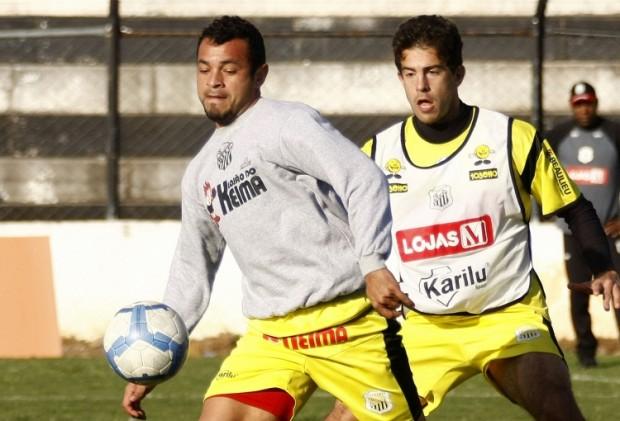 Foto: Edenilson e De Lazzari são alguns dos jogadores que só tem contrato até novembro deste ano com o Operário