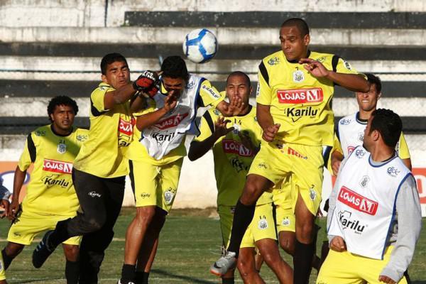 Foto: Jogadores fizeram ontem o último treino antes do confronto em Santa Catarina