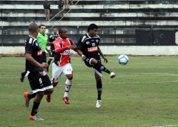 Foto: Baiano é esperança de gols do Fantasma