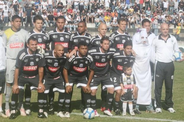 10/10/2010 - Operário 2 x 4 Madureira - Ponta Grossa - PR