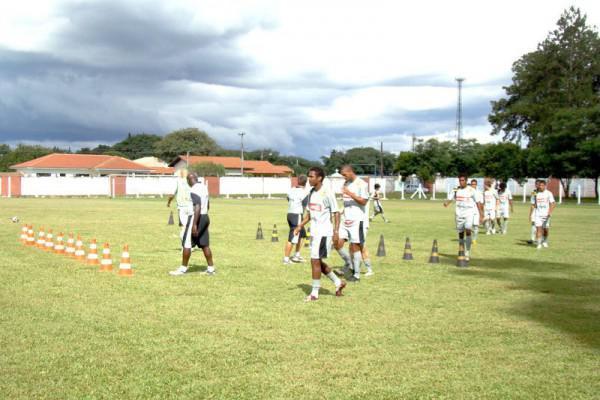 Foto: Para a disputa do Paranaense 2010, preparação do Operário aconteceu em Tibagi