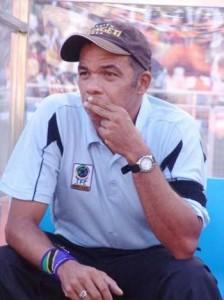 Foto: 'BALÃO DE ENSAIO' Márcio Máximo é um dos 'vários nomes' na lista de prováveis técnicos do Operário