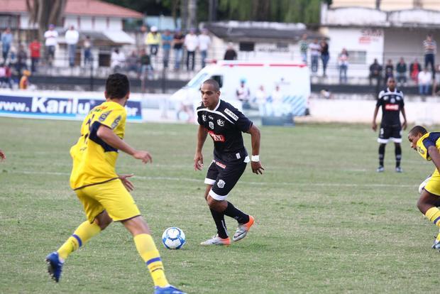 Foto: FICA Autor de três gols na Série D, Ícaro renovou permanência e atua pelo Operário no ano que vem