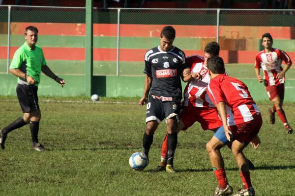 Foto: Ainda em pré-temporada, Operário apresentou deficiências contra o Serrano, mas garantiu vitória tranquila