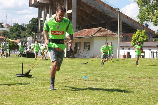 Foto: AJUSTES Operário se dedica à parte física e deve fazer últimos ajustes no time titular na próximas semanas