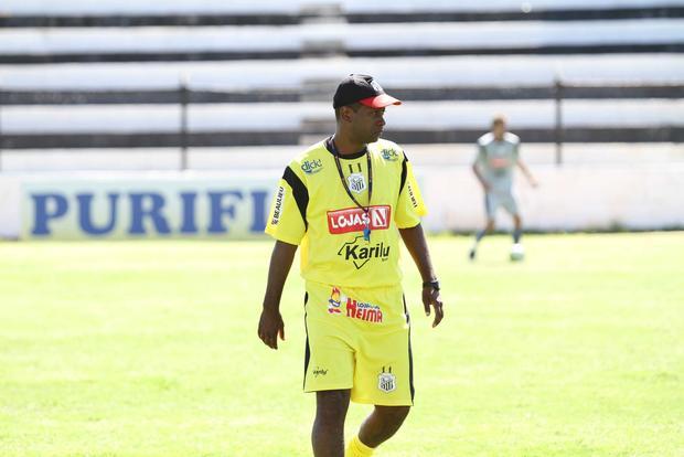 Foto: CONVOCAÇÃO Amilton Oliveira quer torcida amanhã e garante que equipe está pronta para cobranças