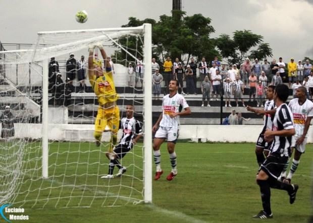 23/01/2011 - Operário 0 x 1 Arapongas - Ponta Grossa - PR
