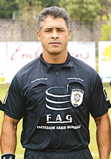 árbitro Antônio Valdir dos Santos - Atlético Paranaense x Operário - Curitiba