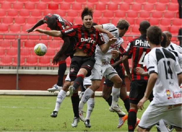 19/03/2011 - Atlético x Operário - Curitiba