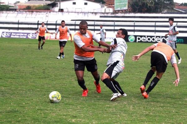 Os jogadores do Operário retornaram aos treinamentos na tarde de ontem