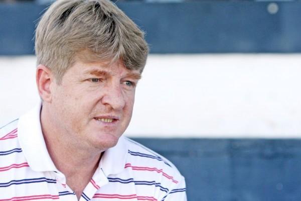 O gestor Dorli Michels promete contratar três jogadores de alto nível em 2012