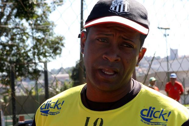 FICA Amilton Oliveira seguirá à frente do Operário no segundo semestre