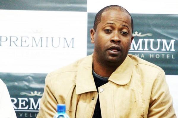 O treinador Amilton Oliveira explicou que nesta primeira semana os jogadores passarão por avaliação física