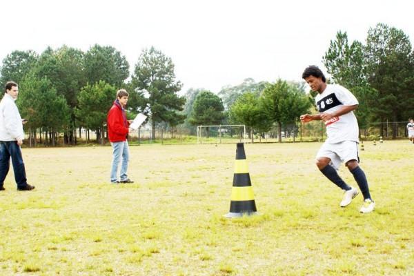 Após testes físicos, jogadores do alvinegro de Vila Oficinas retornam a treinar com a bola