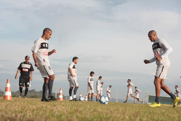 INTENSIVO Operário entrou na segunda semana de treinos e intensificou trabalhos com bola