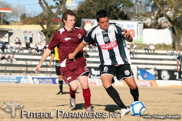 10/07/2011 - Operário 3 x 2 Juventus (SC) - Ponta Grossa - PR