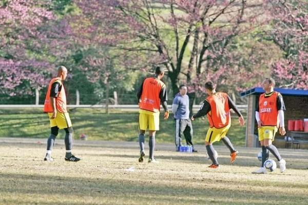 Os jogadores do Operário se preparam para a disputa do Campeonato Brasileiro, que começa no próximo domingo - Foto: Christopher Eudes