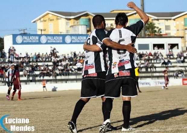 10/07/2011 - Operário Ferroviário 3 x 2 Juventus (SC) - Ponta Grossa - PR