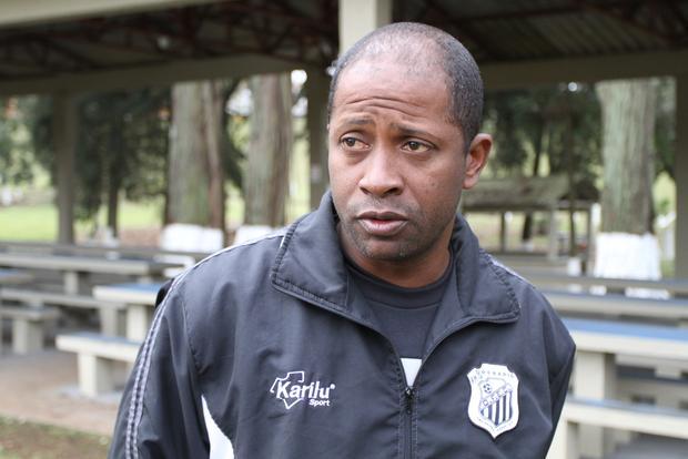 VONTADE Amilton Oliveira ressaltou 'espírito aguerrido' do Operário após somar primeiro ponto