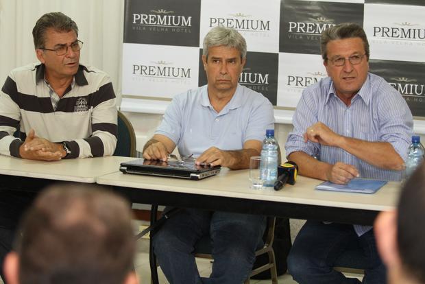 Premier Soccer, de Jair Pereira e Tito Araújo, deixa gestão e Carlos Roberto Iurk assume responsabilidade - Foto: Fabio Matavelli