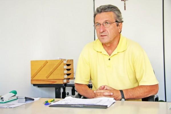 Presidente do alvinegro de Vila Oficinas, Carlos Roberto Iurk