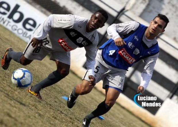 Jogadores podem ir para Balsa Nova na pré-temporada; Zé Leandro permanece e Fabiano tem propostas - Foto: Luciano Mendes