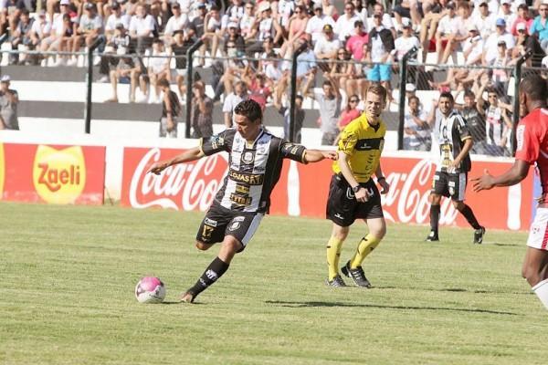 Mesmo entrando no decorrer das partidas, atacante Marcelinho vem mostrando um bom futebol pelo Operário