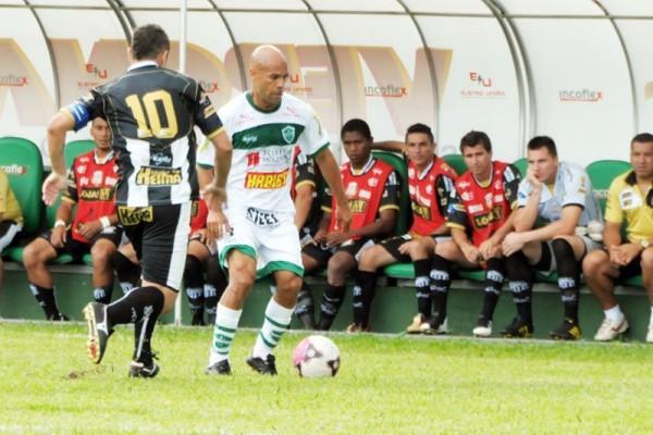 Com a camisa 10, Ceará retornou à equipe na vitória contra o Arapongas - Foto: Andre Veronez / Tribuna do Norte