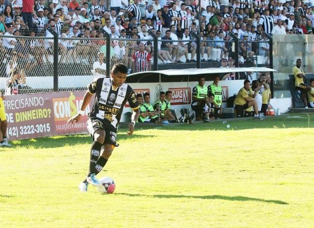 Atacante Baiano foi o destaque do Operário contra o Rio Branco com três gols marcados - Foto: Christopher Eudes