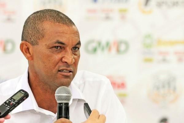 No comando do Operário, Lio Evaristo teve aproveitamento de 45,2% em 28 jogos Foto: Clebert Gustavo