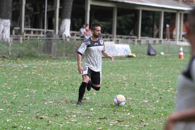 Ricardinho deve entrar no BID hoje, o jogador chegou em janeiro no clube Foto: Fábio Matavelli